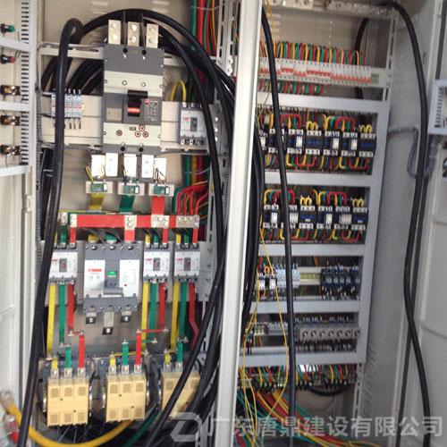 机房配电柜_水电安装工程公司,动力配电工程公司案例