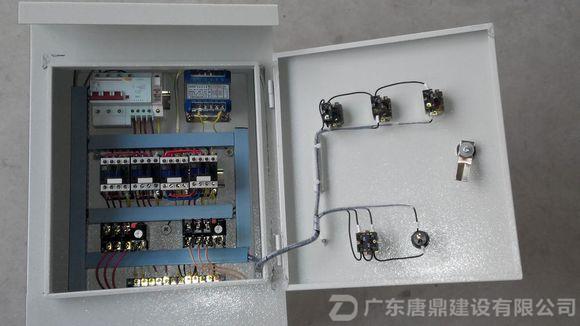 主要用于消防水泵控制,潜水泵控制,消防风机控制,风机控制,照明配电控